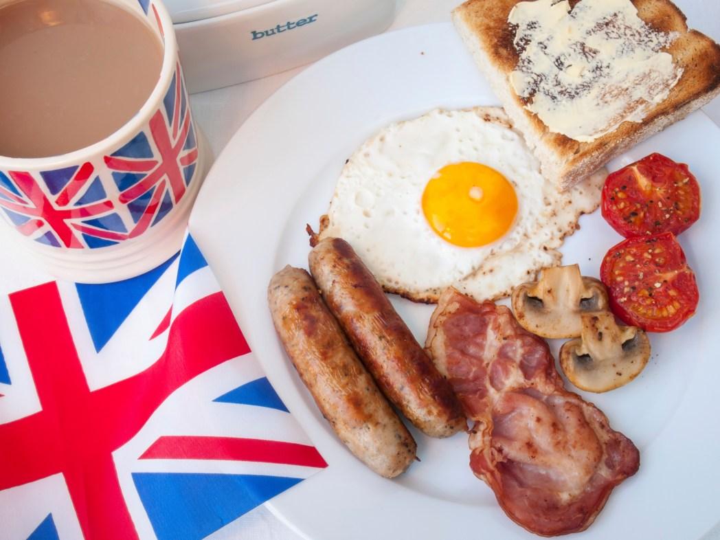 Anglická snídaně Full English Breakfast v Londýně