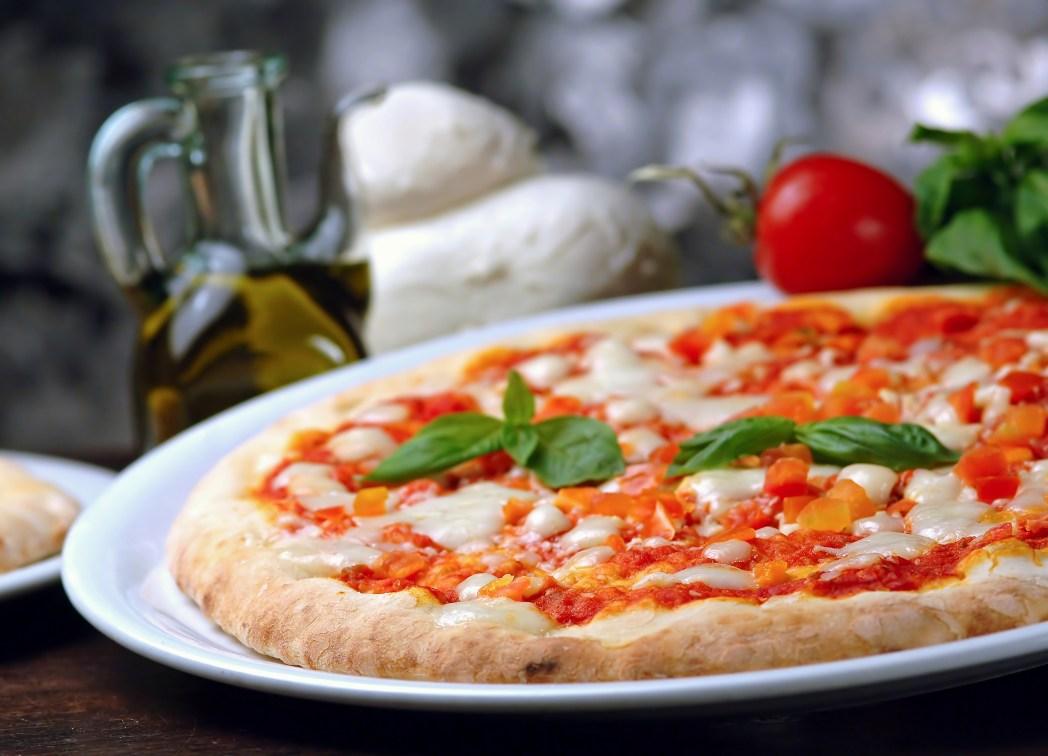 Neopouštějte Řím bez ochutnání pizzy